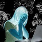 悩む女性のイメージ